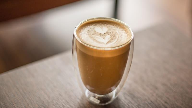 cara membuat kopi yang enak ala cafe - mochaccino